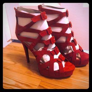 Beautiful Red suede platform heel, women's 11,